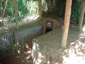 Hoi An Biking Tour Vinh Moc Tunnels3